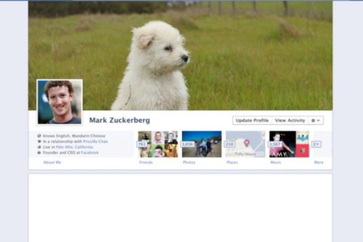 2011. El creador de Facebook se da cuenta que a los usuarios les encantan las imágenes y aparecen en diferentes formas. Foto:Facebook. Imagen Por: