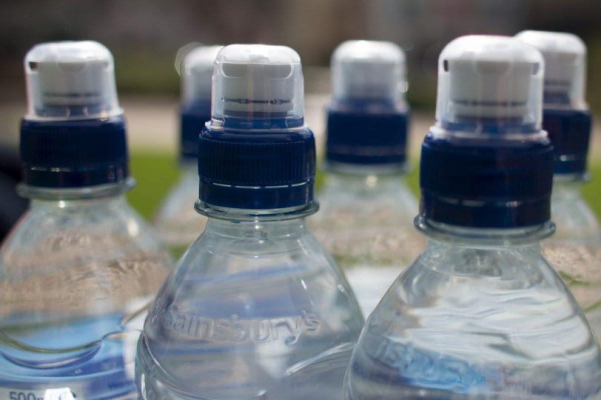 Mientras que Brasil es el país más barato: 67 centavos de dólar la botella. Foto:Getty Images. Imagen Por: