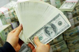 Por lo que iba a pagar una multa de 250 dólares en su lugar pagó solo $1.30 Foto:Getty Images. Imagen Por: