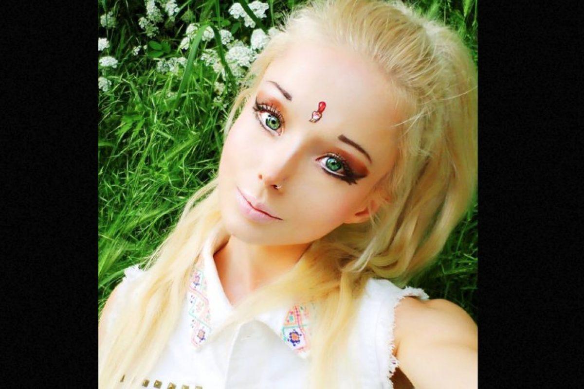 """Su familia siguió por su mismo camino. Así y todo odia que la llamen """"La Barbie Humana"""". Foto:vía Facebook/Valeria Lyukanova. Imagen Por:"""