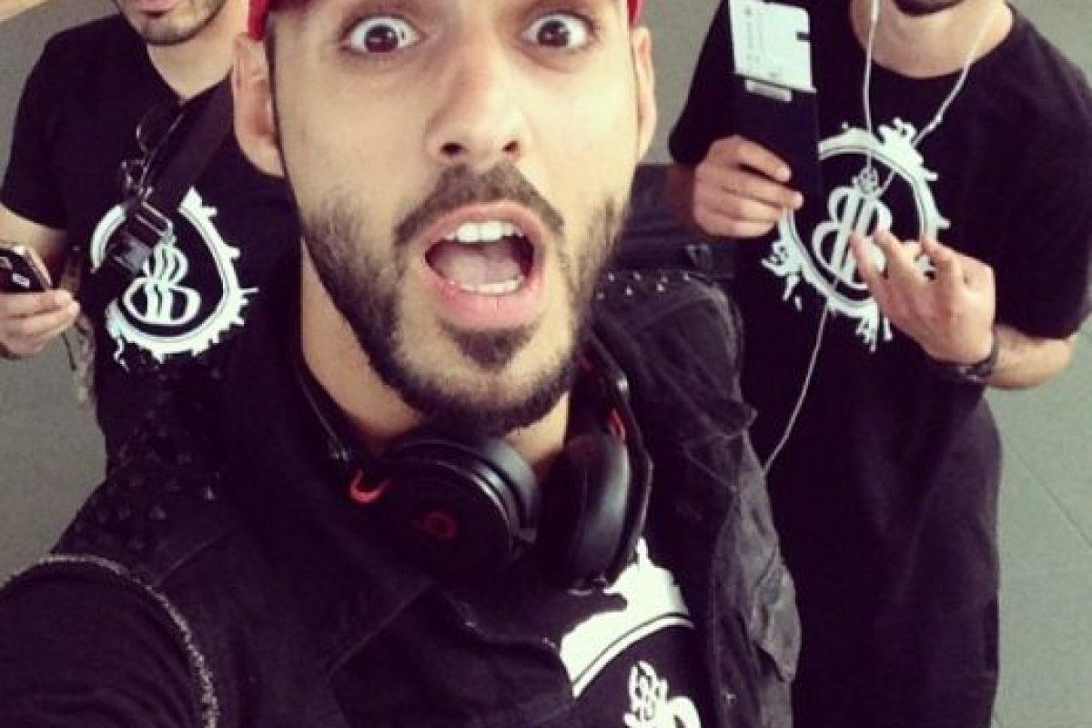 A continuación les dejamos más fotos de Omar y su hermano idéntico a él. Foto:Vía Instagram/@omarborkan. Imagen Por: