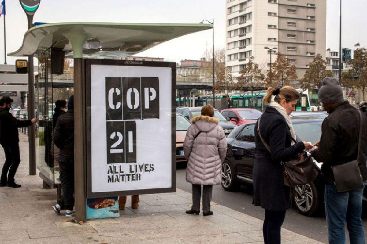 Dicha empresa es una de las empresas de publicidad al aire libre más grandes del mundo. Foto:Vía brandalism.org.uk. Imagen Por: