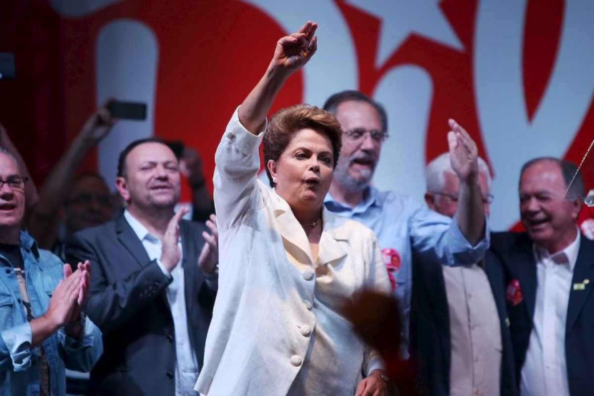 5. Miles de personas realizaron múltiples manifestaciones este año para pedir su destitución. Foto:Getty Images. Imagen Por: