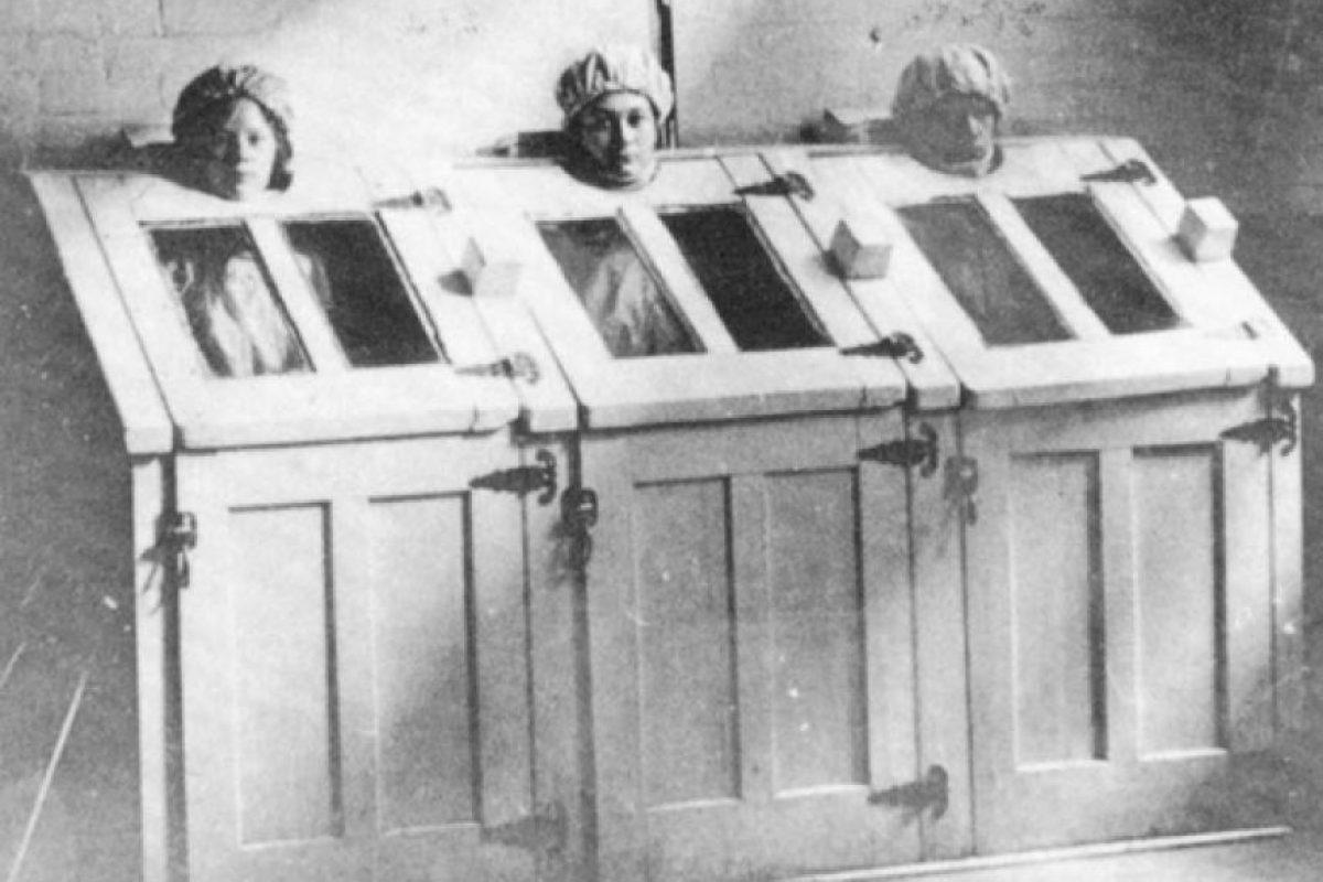Terapia de vapor en 1910 Foto:Reproducción. Imagen Por: