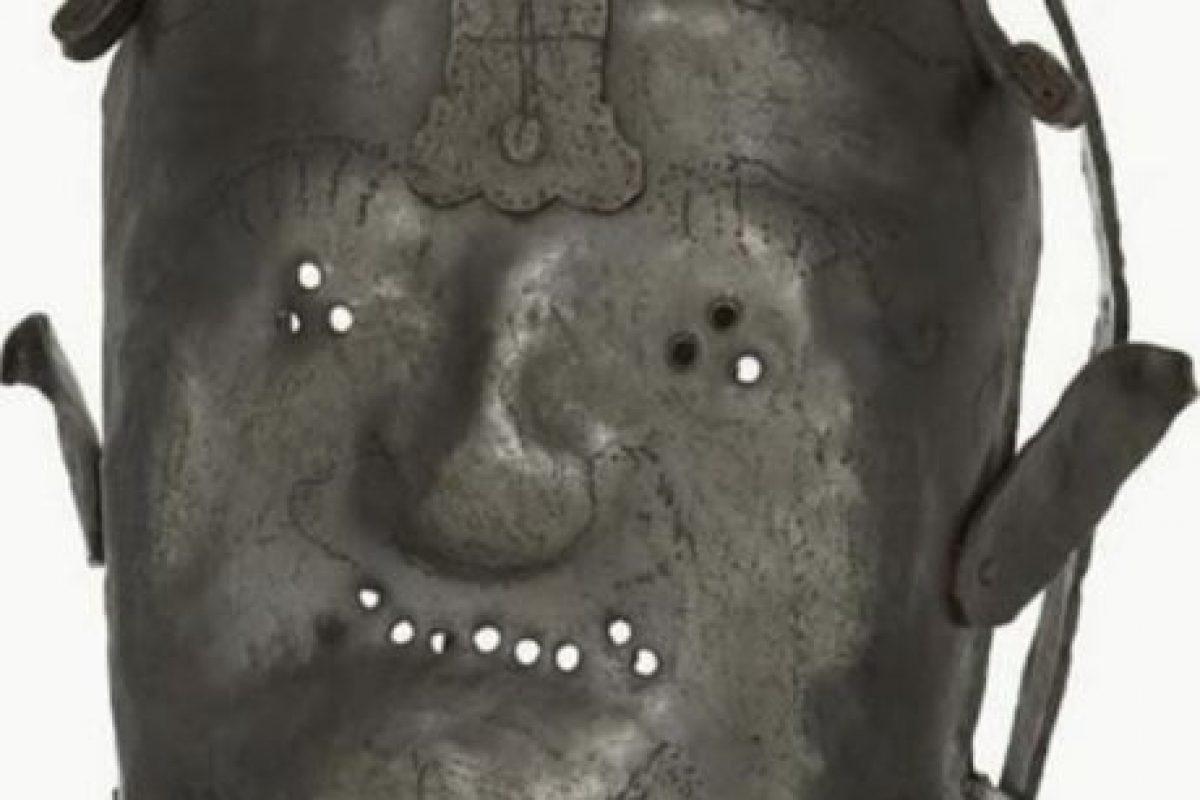 Máscara para las personas más violentas que sufrían de problemas mentales Foto:Reproducción. Imagen Por:
