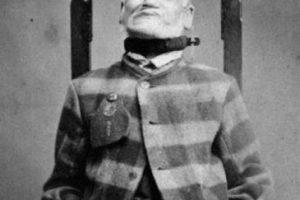 Un paciente castigado en 1869 Foto:Reproducción. Imagen Por: