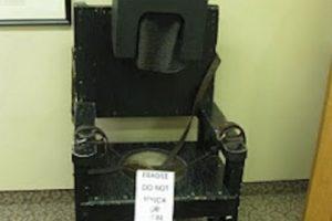 Silla para calmar a pacientes histéricos Foto:Reproducción. Imagen Por: