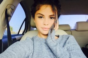 8- Selena Gómez con su sudadera favorita. 2.3 millones de me gusta. Foto:vía instagram.com/selenagomez. Imagen Por: