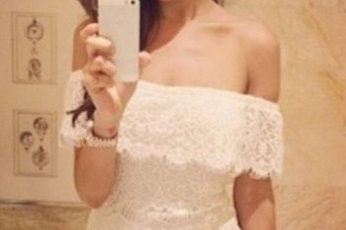 Eiza González presumiendo su vestido. Foto:Getty Images. Imagen Por: