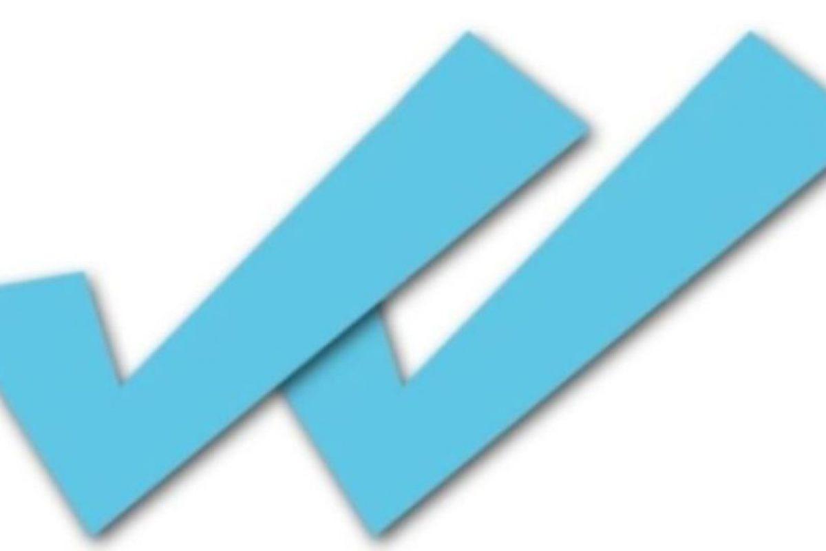 Supuestas aplicaciones prometen desactivar el doble check azul para que sus contactos no se enteren cuando leyeron sus mensajes, pero en realidad les cobran un servicio que gastaba su saldo. Foto:vía Tumblr.com. Imagen Por: