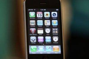 iPhone 3GS (2009). Foto: Getty Images. Imagen Por: