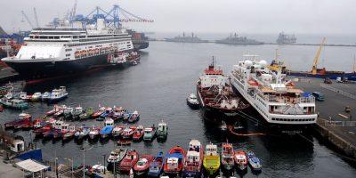 Desde $30 mil: esto cuesta esperar el Año Nuevo navegando por Valparaíso