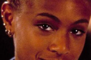 Es consultora, actriz, cantante, productora y empresaria. Pero en los años 90 lucía así. Foto:vía Tumblr. Imagen Por:
