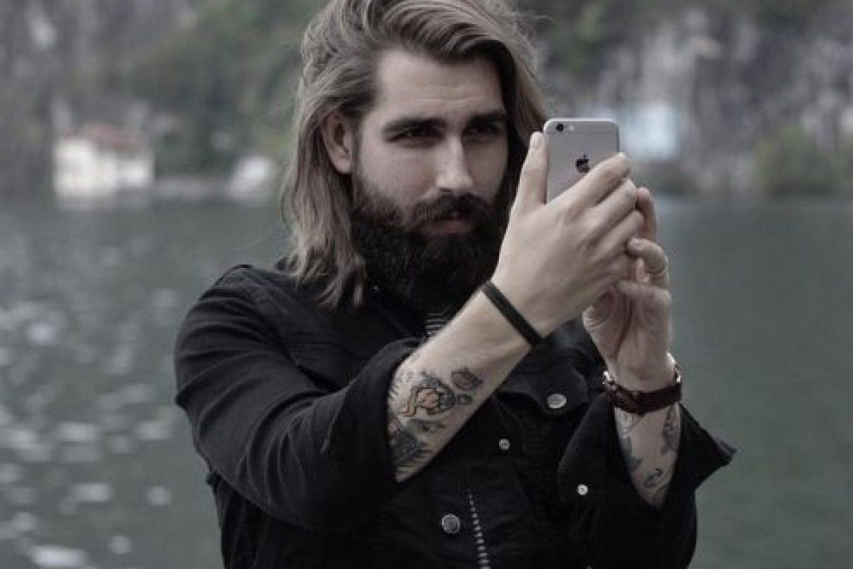 Y no es para menos, pues a muchas les roba suspiros por su look hipster y lumbersexual. Foto:Vía Instagram/@anthonybogdan. Imagen Por: