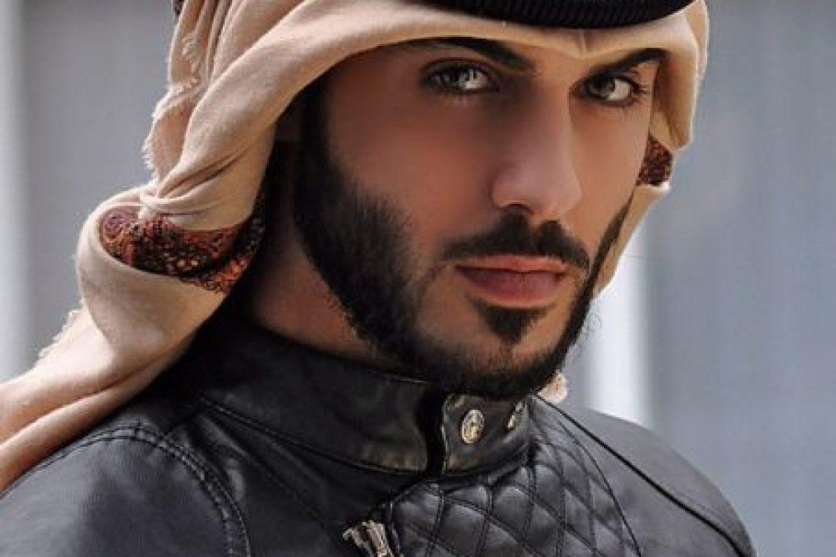 """Omar Borkan Al Gala, es considerado el """"hombre más guapo del mundo"""" luego de ser expulsado de Arabia Saudita por ser """"irresistible para las mujeres"""". Foto:Vía Instagram/@OmarBorkan. Imagen Por:"""