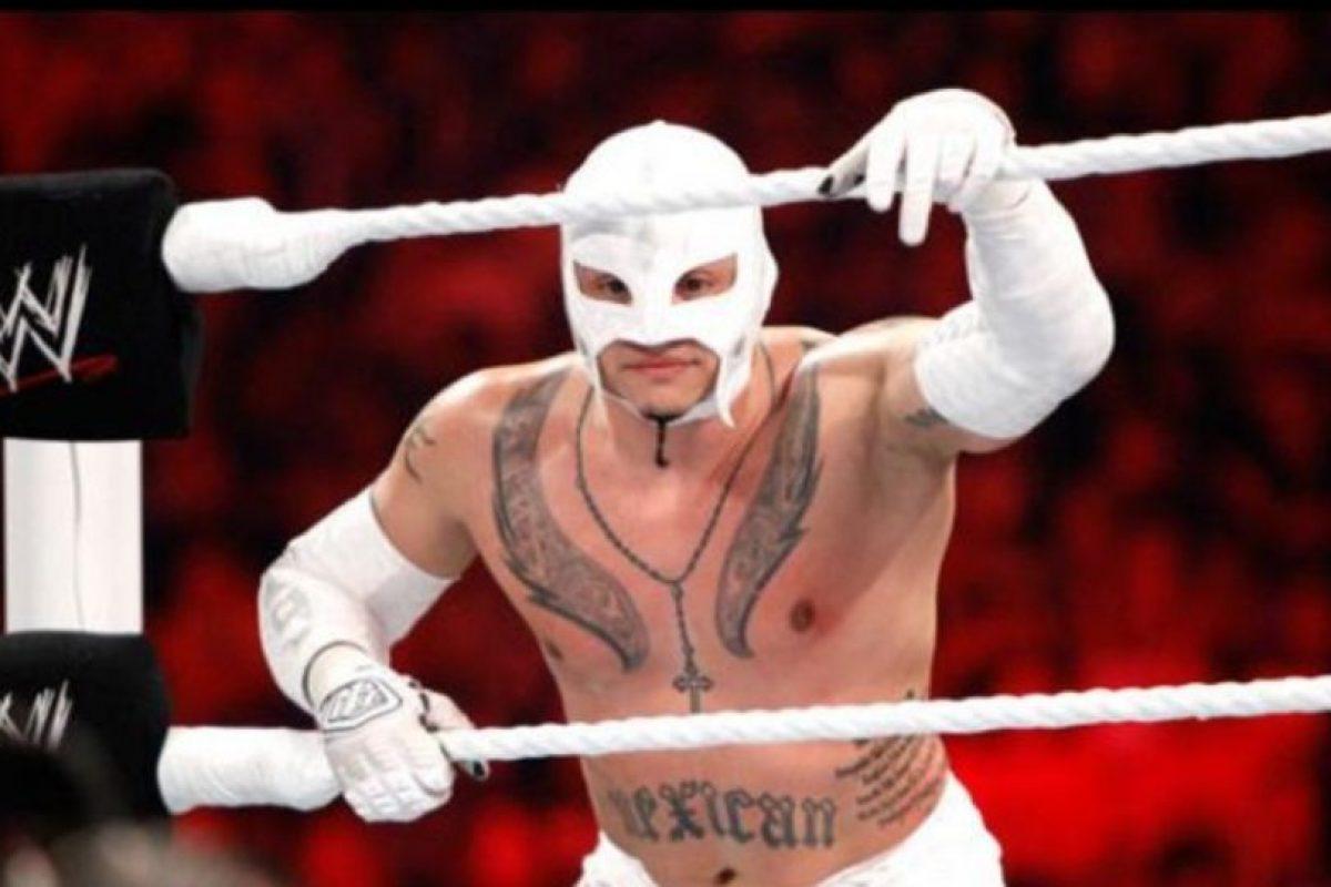 7. Rey Mysterio. El 25 de julio de 2011 ganó un torneo por el título, pero esa misma noche perdió con John Cena Foto:WWE. Imagen Por: