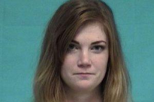 Virginia Houston Hinckley fue arrestada por tener relaciones con un alumno de 16 años Foto: St. Johns County Sheriff's Office. Imagen Por:
