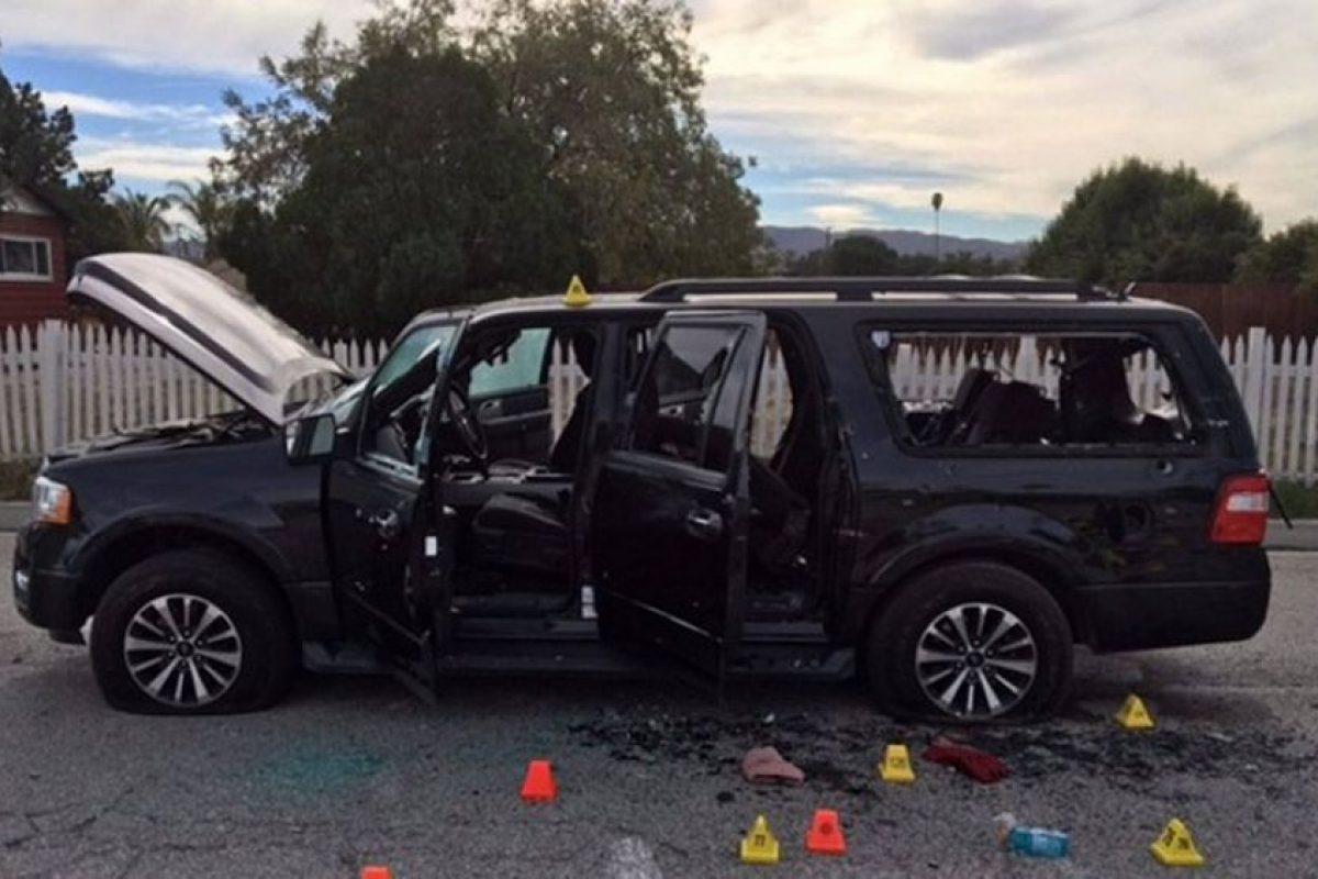 Este fue el auto en el que intentaron escapar. Foto:AFP. Imagen Por: