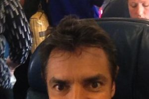 Sigue produciendo sus comedias y en los últimos años se ha destacado como director de cine. Foto:vía instagram.com/ederbez. Imagen Por: