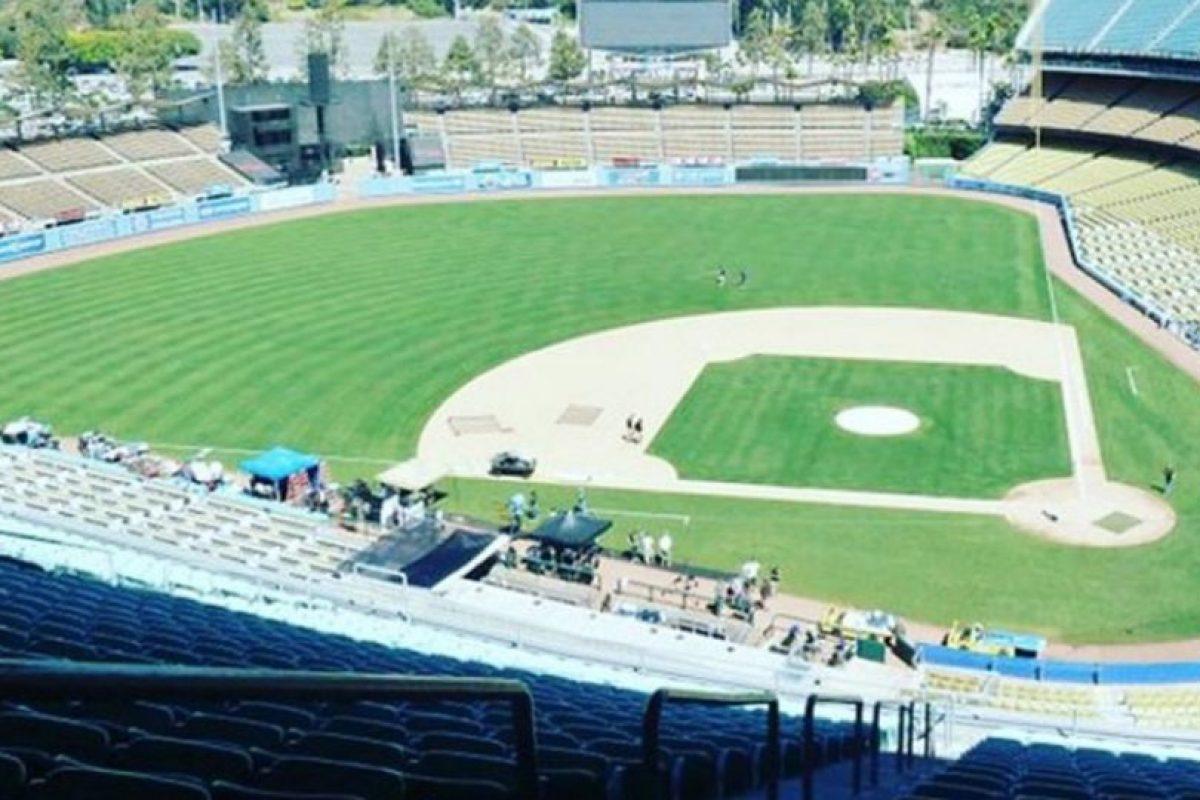 Estadio de béisbol de Los Dodgers de Los Ángeles, California, Estados Unidos. Foto:vía instagram.com/thegirlinspired. Imagen Por: