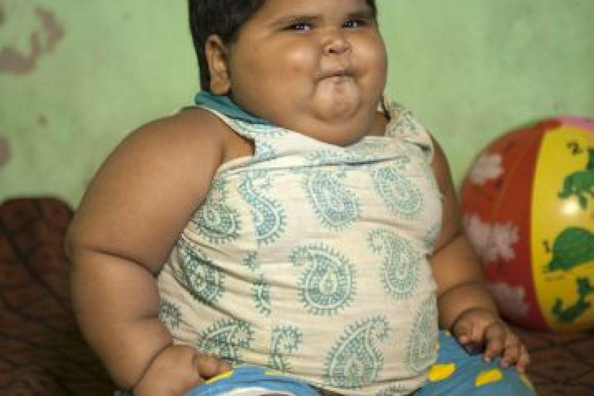 Su apetito es insaciable. Nació con 18 kilogramos (41 libras).. Imagen Por: