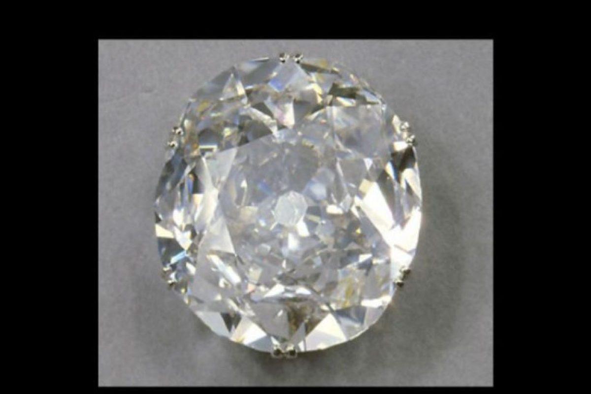 Así luce el diamante Koh-i-Noor de 105 quilates. Foto:Vía royal.gov.uk. Imagen Por: