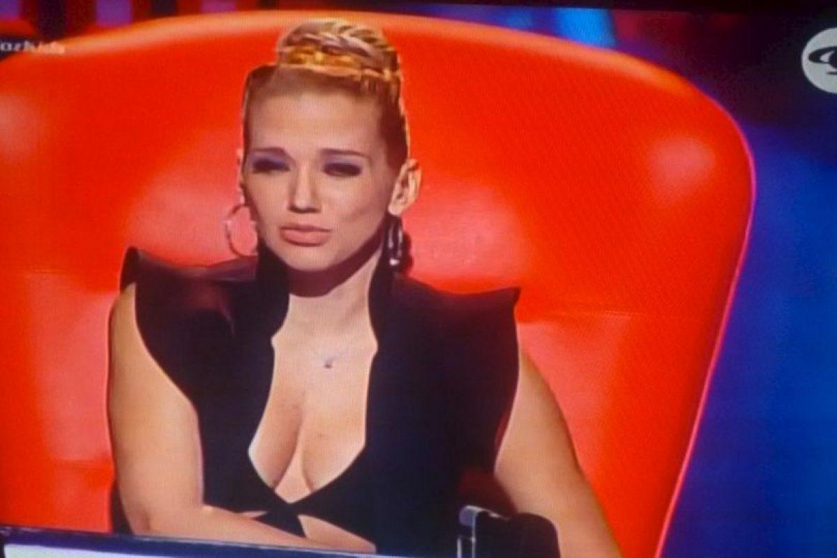 """Este fue el vestido que elevó la temperatura en el programa """"La Voz Kids"""" en Colombia. Foto:Twitter. Imagen Por:"""