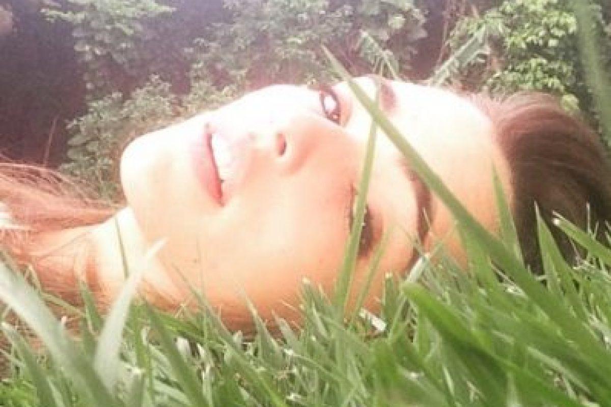 La joven ha dejado con la boca abierta a sus seguidores por las sensuales fotos que publica en redes sociales. Foto:vía instagram.com/lucyvives. Imagen Por: