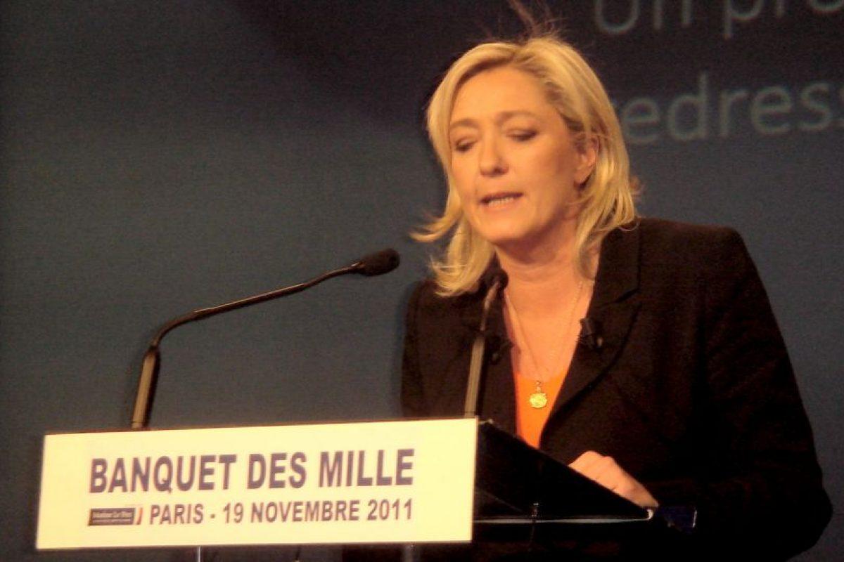 Le Pen, en su defensa, dijo que era entendible que algunos cantantes que se vuelven viejos y que pierden el talento, deben hacer que hablen de ellos de cualquier forma. Foto:Wikicommons. Imagen Por: