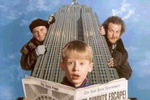 Es una película de comedia, secuela de la película Home Alone dirigida por Chris Columbus. Foto:Hughes Entertainment. Imagen Por: