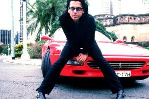 El sensual y escandaloso vocalista de INXS murió en 1997 en un hotel de Sidney. La versión oficial dice que se suicidó. Foto:Wikicommons. Imagen Por: