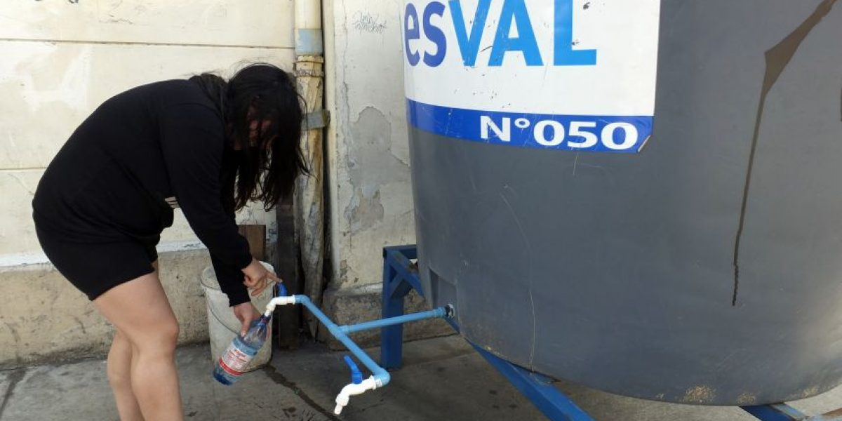 Anuncian corte del suministro de agua potable en sectores de Valparaíso
