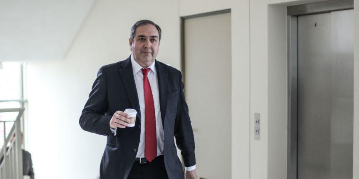 Punta Arenas: tribunal absuelve al senador Carlos Bianchi