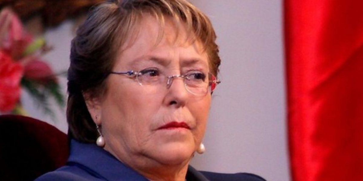 Cadem: aumenta rechazo a gestión de la Presidenta Bachelet