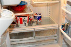Entonces, a partir de principios de 2017, expertos del Ministerio de Ambiente podrían llegar a la casa de los colombianos y ofrecerles cambiar su refrigerador por uno que ayude a emitir menos gases contaminantes. Foto:Getty Images. Imagen Por: