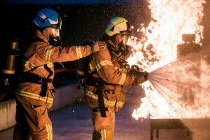Los bomberos fueron solicitados cerca de las 18:30 tiempo local. Foto:Vía facebook.com/Melbourne.MFB. Imagen Por: