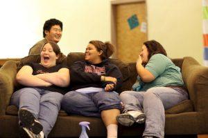 Ante ello, los padres se sienten frustrados por el problema de peso de Harry. Foto:Getty Images. Imagen Por: