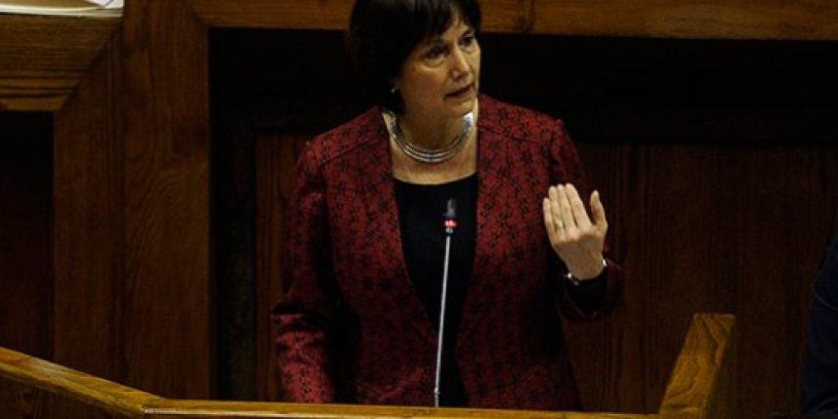 Cámara de Diputados verá este miércoles acusación constitucional a ministra de Salud