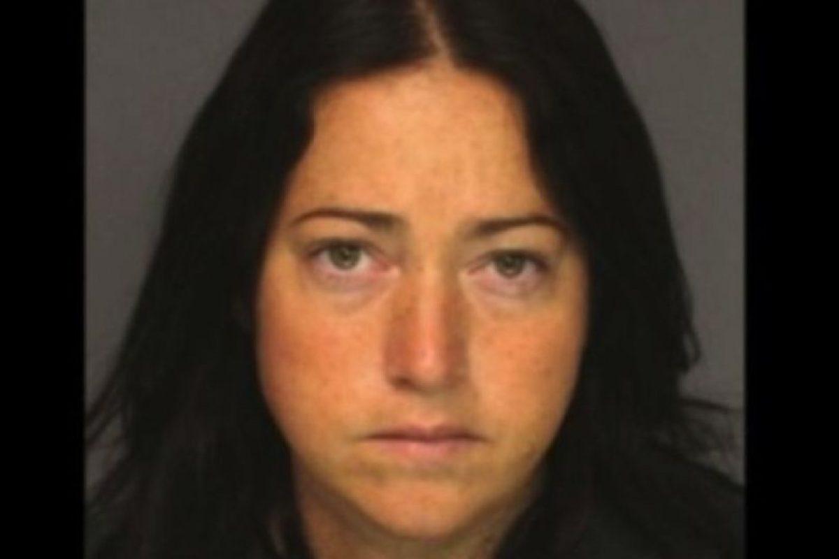 Nicole DuFault, de 35 años. Acusada de tener sexo con seis alumnos Foto:Essex County Sheriff's Office. Imagen Por: