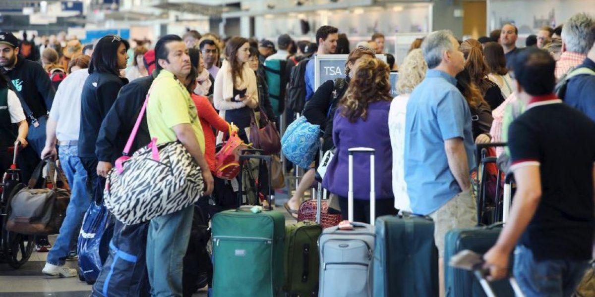 ¿Qué no deben llevar en la maleta de mano al viajar en avión?