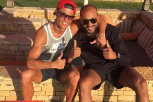 Ambos deportistas han sido vistos juntos en los últimos días y el marroquí se ha convertido en una de las personas más cercanas al portugués. Foto:Vía instagram.com/badrhariofficial. Imagen Por: