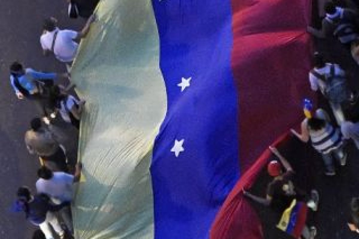 """""""Convocamos el congreso de 980 delegados y delegadas de la base del Partido Socialista Unido de Venezuela (PSUV), el próximo jueves y viernes en Caracas"""", sentenció. Foto:AFP. Imagen Por:"""