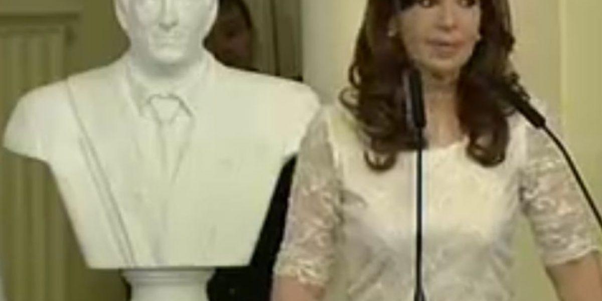 Cristina Fernández encabeza último acto oficial como presidenta de Argentina
