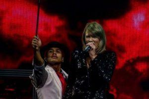 Incluso Taylor es una de sus fans. Foto:vía instagram.com/markvillaver. Imagen Por: