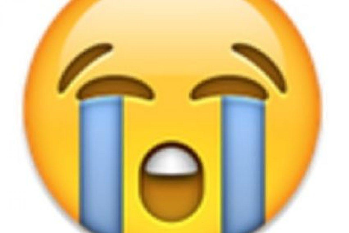 3- Cara llorando. Foto:vía emojipedia.org. Imagen Por: