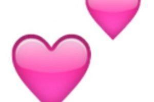 6- Dos corazones rosas. Foto:vía emojipedia.org. Imagen Por: