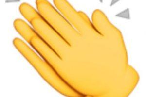 9- Manos aplaudiendo. Foto:vía emojipedia.org. Imagen Por: