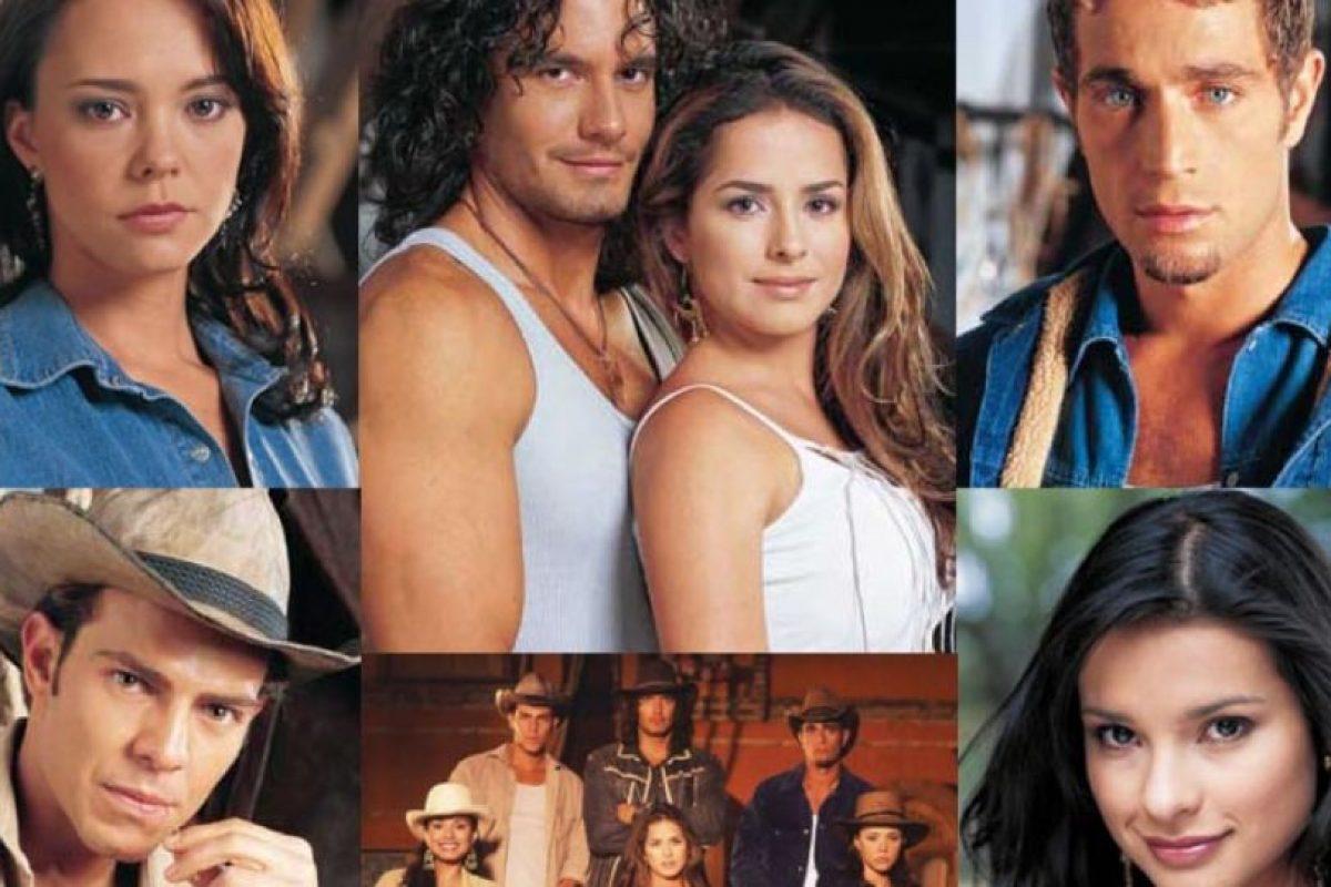 En la telenovela original los actores vendieron sobre todo por su físico. Foto:vía Caracol Televisión/Telemundo. Imagen Por: