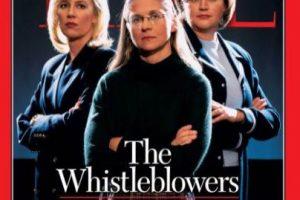 2002- Los denunciantes: Cynthia Cooper de Worldcom, Coleen Rowley del FBI y Sherron Watkins de Enron. Estas revelaron el mayor fraude contable de la historia de Estados Unidos. Foto:Vía Time. Imagen Por: