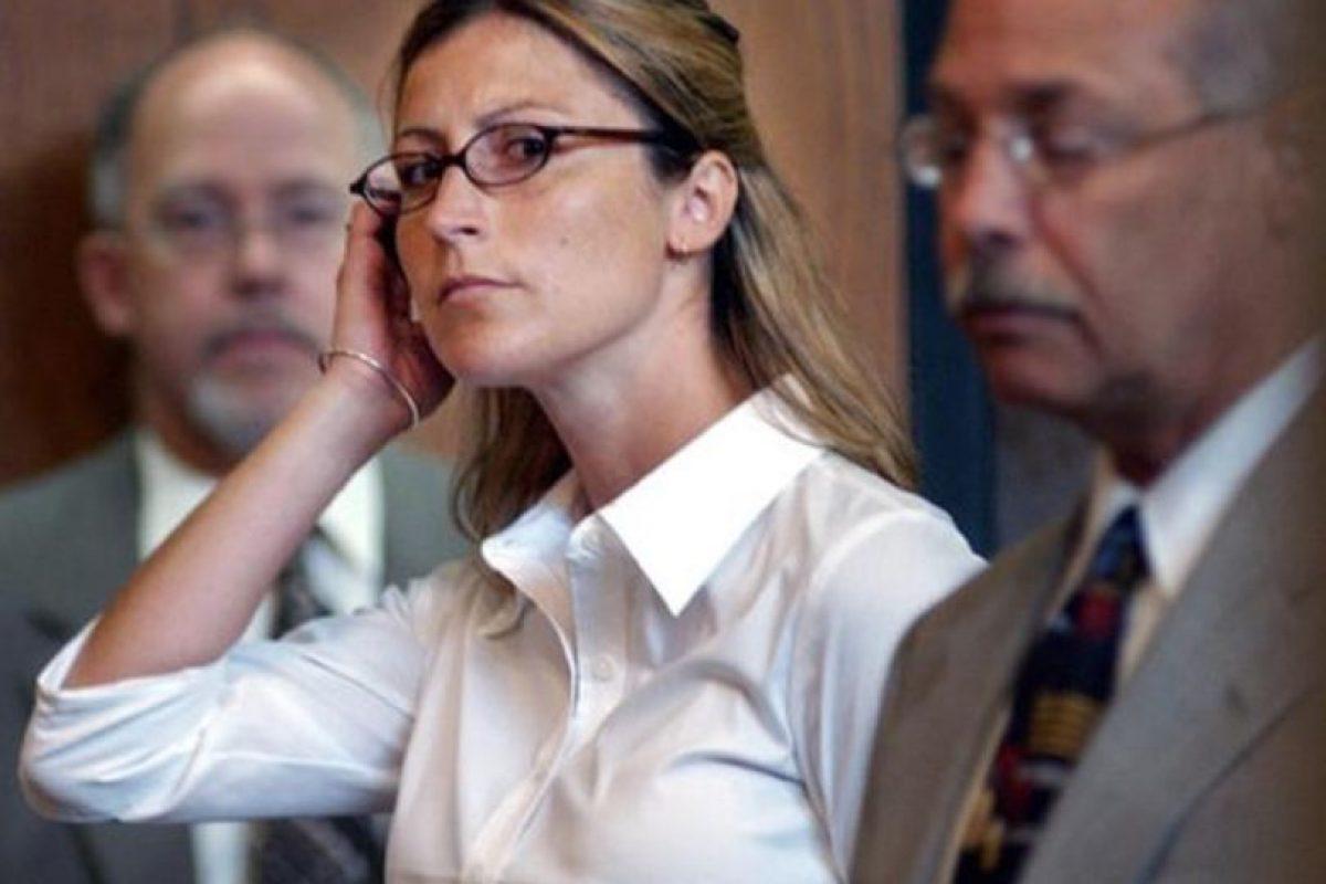 Amber Jennings, a sus 30 años fue acusada de tener relaciones con su alumno de 16 Foto:AP. Imagen Por: